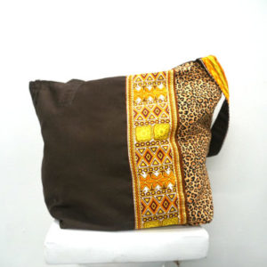 Shoulder bag Dashiki and animal print (brown)